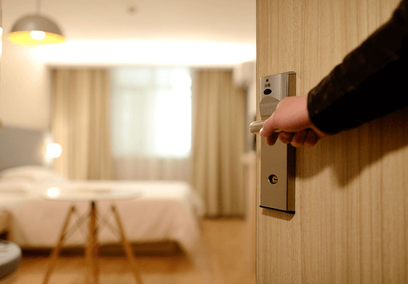 THE THINGS THAT PEOPLE WOULD LOVE ABOUT GOING TO HOTELS